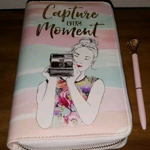 CAPTURE EVERY MOMENT Personal Memory Planner Paint